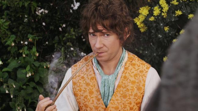 บิลโบ แบ็กกินส์ (มาร์ติน ฟรีแมน ในหนัง The Hobbit: An Unexpected Journey)