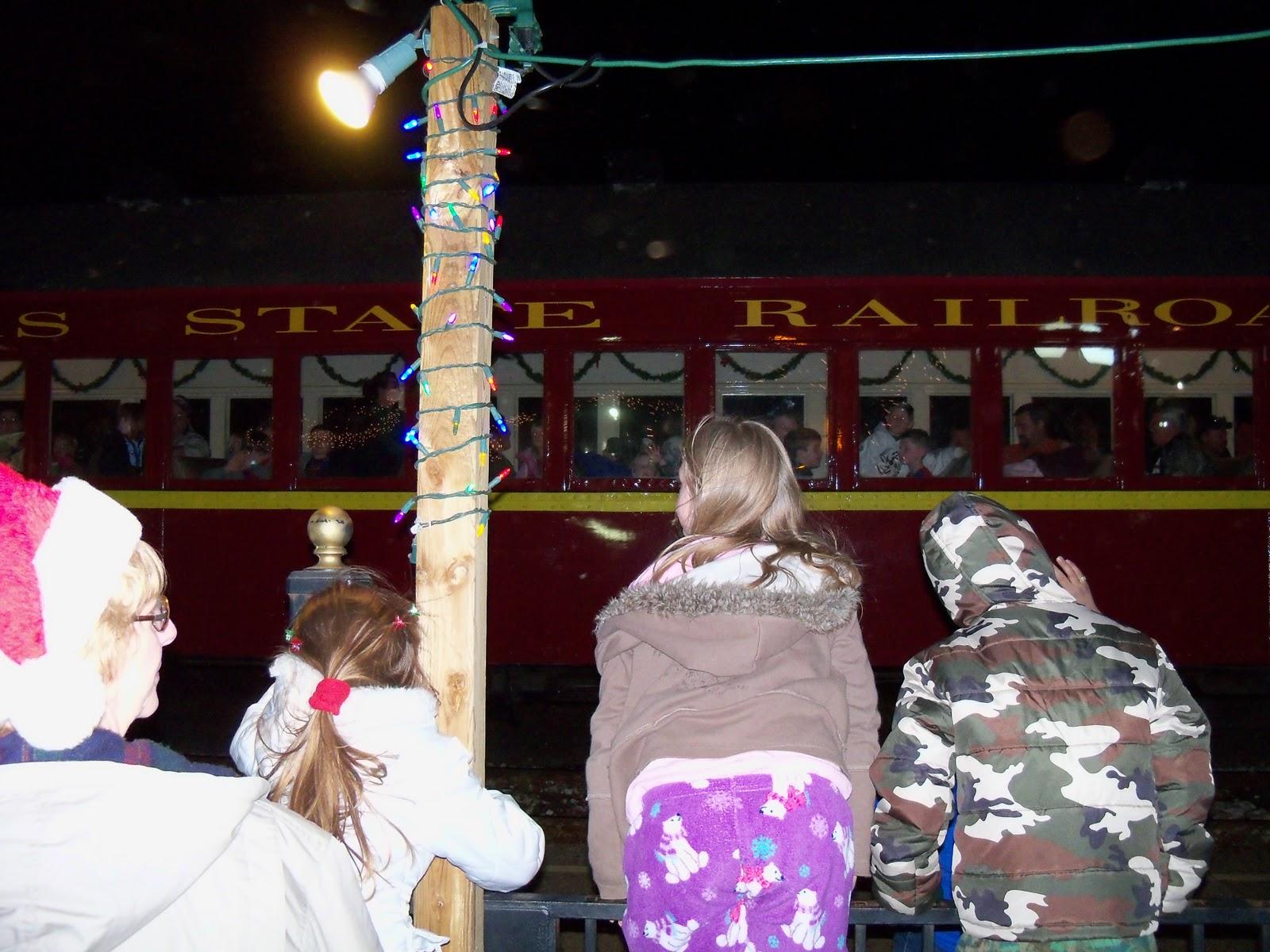 Polar Express Christmas Train 2010 - 100_6223.JPG