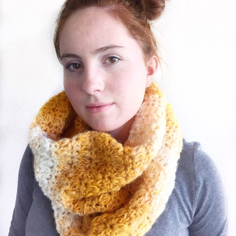 Scarfie Crocheted Mixed Cluster Stitch Cowl