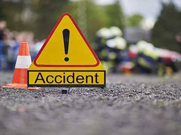 बिहार में रफ्तार का कहर, नवादा में बस पलटने से दो महिला यात्रियों की मौत, 11 गंभीर घायल