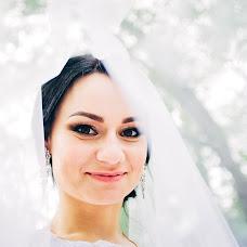 Wedding photographer Vadim Kostyuchenko (Sharovar). Photo of 01.12.2017