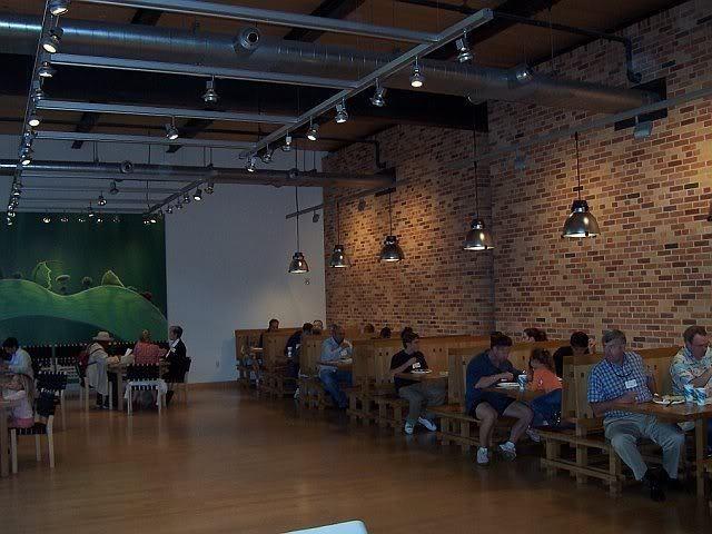 pixars cafeteria design (4)