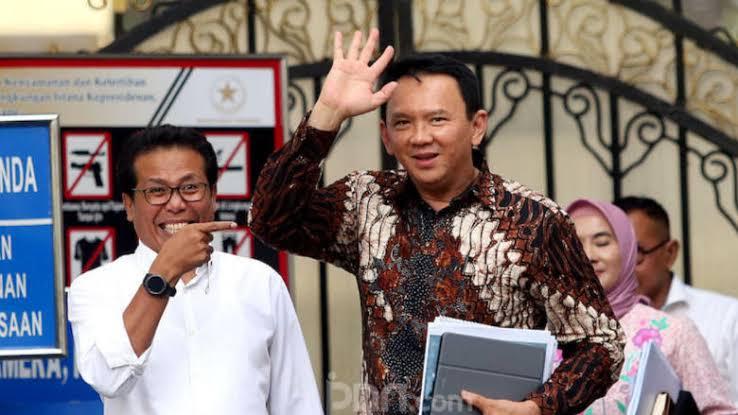 Jubir Jokowi Tegaskan Warga Tionghoa Bisa Jadi Presiden