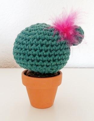 Des petits cactus au crochet : Femme Actuelle Le MAG | 400x312