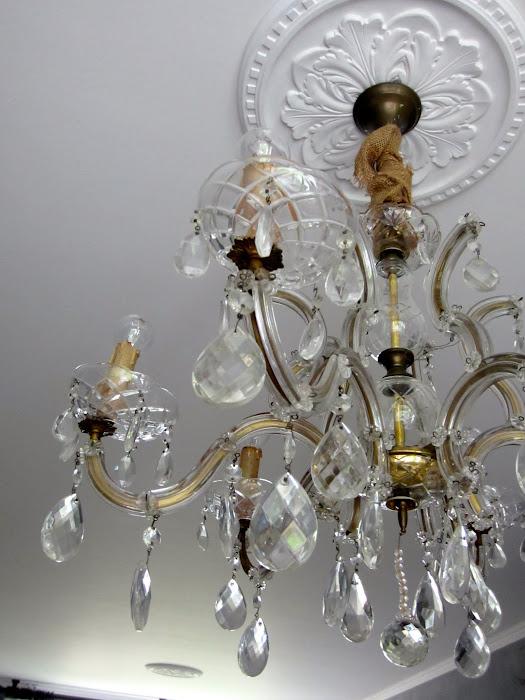12b. Detail lamp.jpg