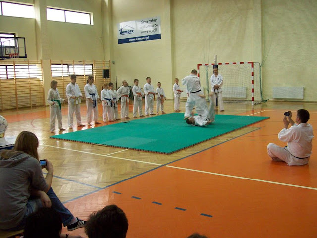 DO 2011 Pokaz karate - 100_0526_1.JPG