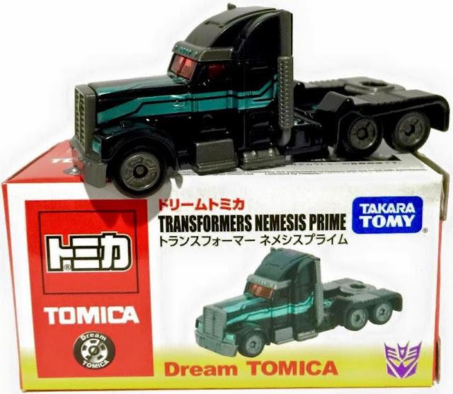 Sản phẩm Dream Tomica Transformers Nemesis Prime của hãng Takara Tomy Nhật Bản