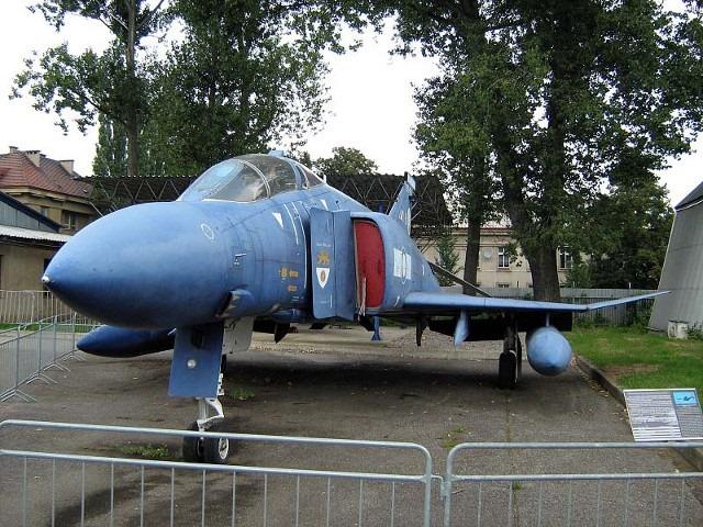 [F-4M-Phantom-II--012]