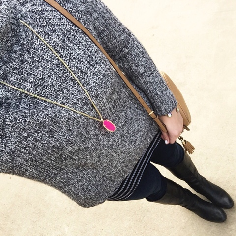 gray sweater, kendra scott necklace