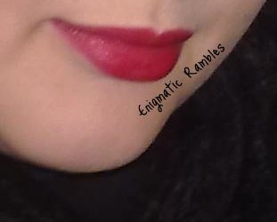 elf-eyes-lips-face-mineral-lipstick-swatches-swatch-cheerful-cherry