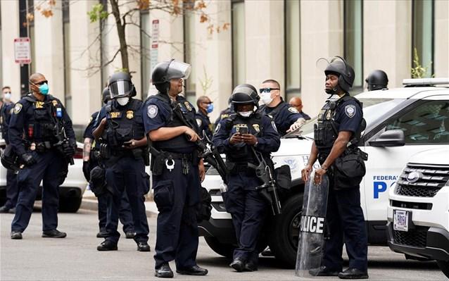 ΗΠΑ: Τρεις νεκροί και τρεις τραυματίες από πυρά σε αίθουσα μπόουλινγκ στο Ιλινόι