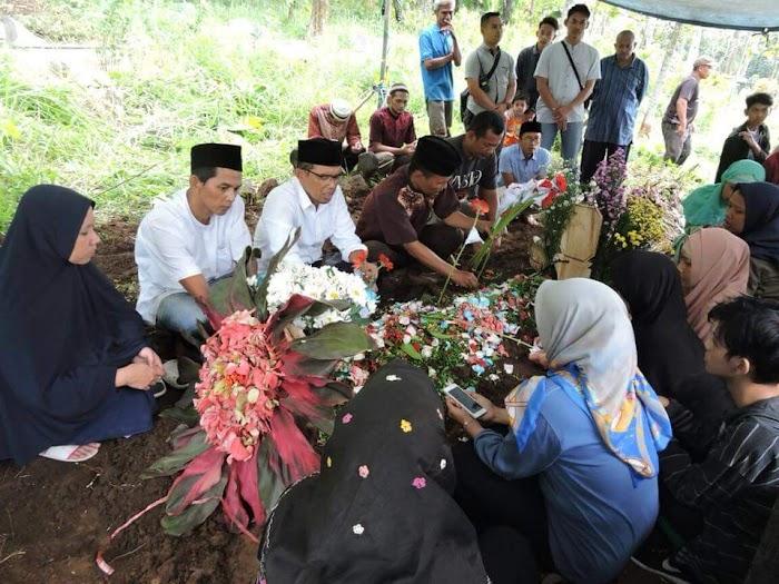 Innalillahi, Ibunda Ketua PP LDNU, KH. Maman Imanulhaq Wafat