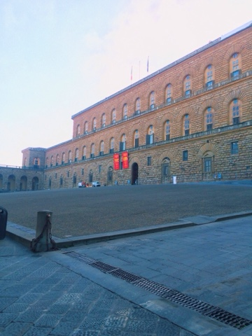 Pitti-Palace-Early-Morning