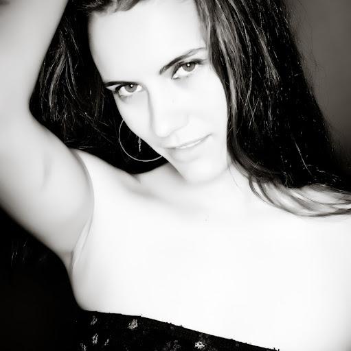 Nicolette Gorges Photo 2