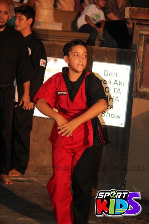 show di nos Reina Infantil di Aruba su carnaval Jaidyleen Tromp den Tang Soo Do - IMG_8693.JPG