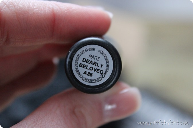 MAC Kiesza Dearly Beloved LE Collection Limited Edition maccosmetics Kosmetik Lipstick Lippenstift Review New in Swatch Tragebild Lipswatch Test Erfahrung Highend Douglas Urban Decay Make up Beauty 1