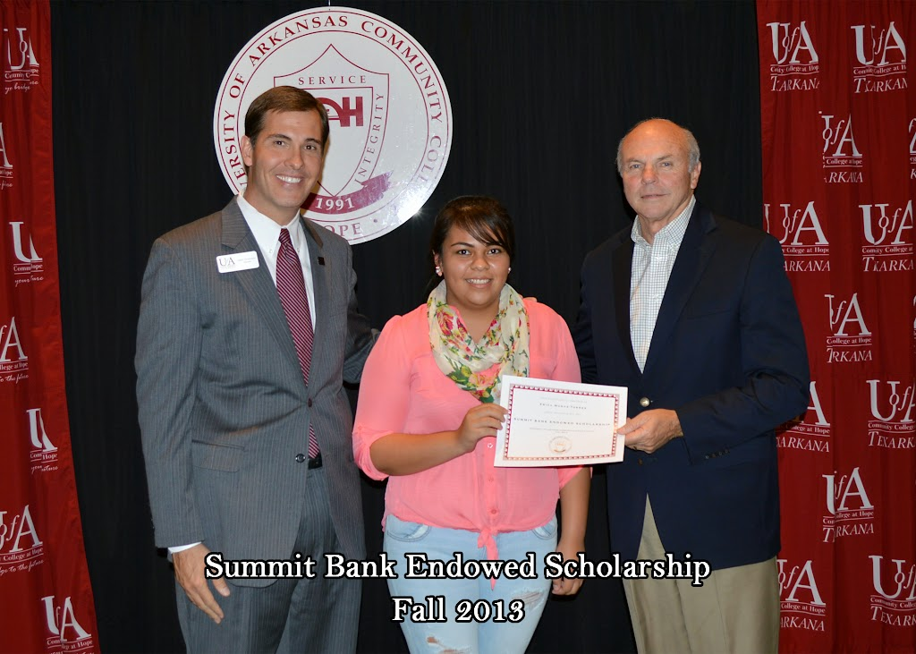 Scholarship Ceremony Fall 2013 - Summit%2BBank%2Bscholarship.jpg