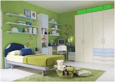 kamar anak berwarna hijau