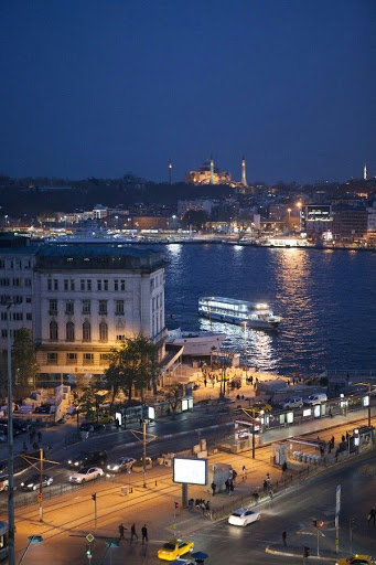 Istanbul Karak�y