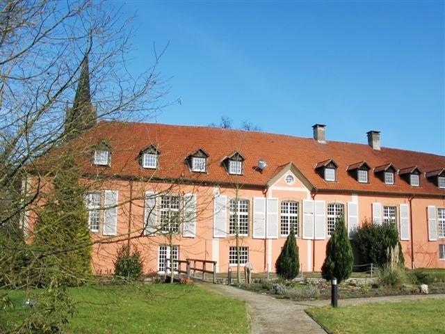 szemlélődő (magyar) domonkos apácák Németországban - Garten2.JPG