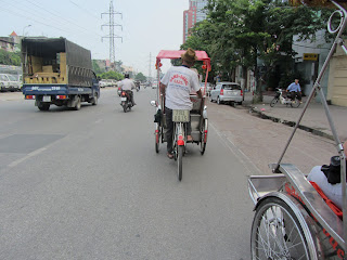 0005Pedicab_Ride_in_Hanoi
