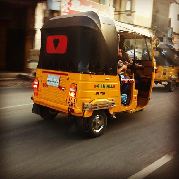 Hyderabadi Baataan - 2455fe5f8d61f5b65987710f6c5b0539d041710e.jpg