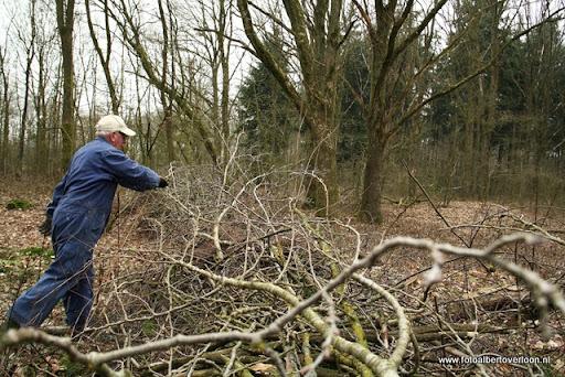 houthakkersmeewerkdag overloon 3-03-2012 (55).JPG