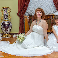 Wedding photographer Oleg Postolaka (LuckyPhotos). Photo of 21.12.2012