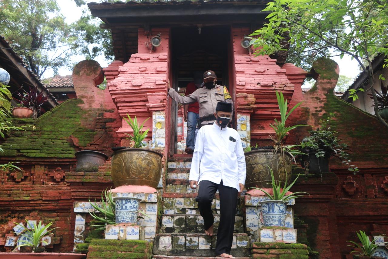 HUT Kabupaten Cirebon Ke - 539, Kapolres Ciko Ziarah Ke Makam Sunan Gunung Jati
