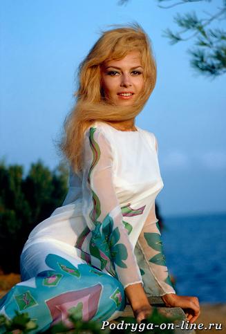 Мишель Мерсье. 12 самых красивых и сексуальных актрис 20 века.
