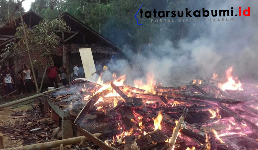 Kebakaran di Caringin Gegerbitung Sukabumi // Foto : Dian Syahputra Pasi
