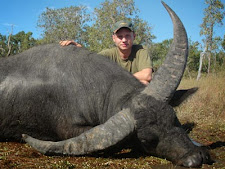 water_buffalo_hunting_8L.jpg