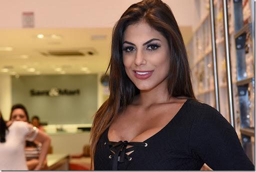 Mari Gonzalez, do Pânico da Band