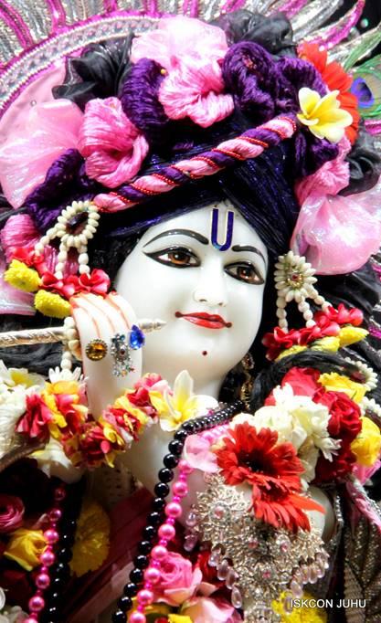 ISKCON Juhu Sringar Deity Darshan 05 Mar 2016 (5)
