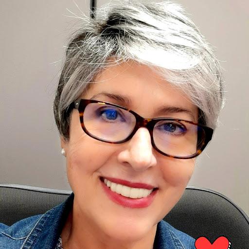 Maria Galeas Photo 8