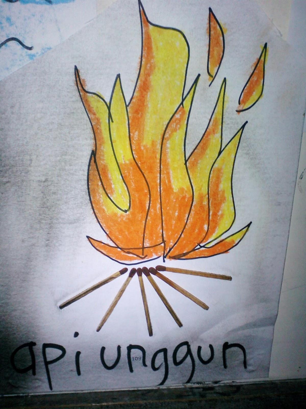 Kreasi Api Unggun Dengan Media Korek Api
