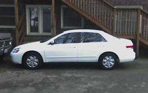 Here is a camera phone photo of my 2004 Honda Accord. This is my second car from Toyota of Kirkland in less than two years. Hopefully it will be a long time until I see them again. Photo taken on April 4, 2007 outside of my apartment building.