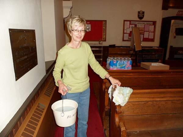 Church Cleaning 2011 - SAM_0025.jpg
