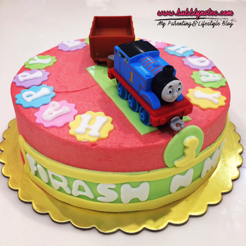 CUSTOMIZED THOMAS & FRIENDS CAKE BY VD.LICIOUS! 3