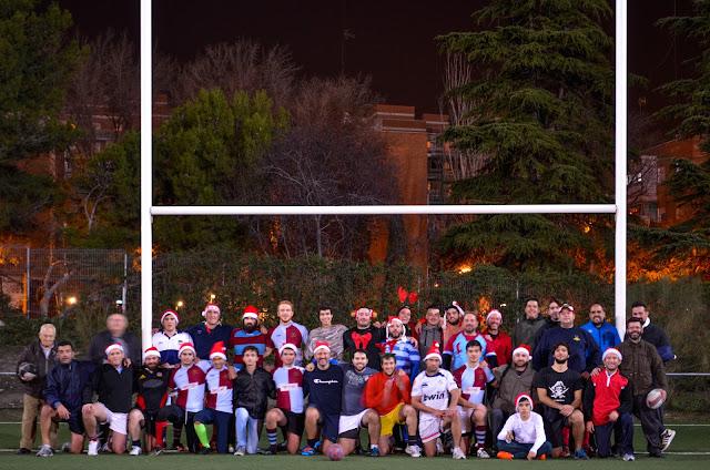 2015-12-17 Papá Noeles vs Renos