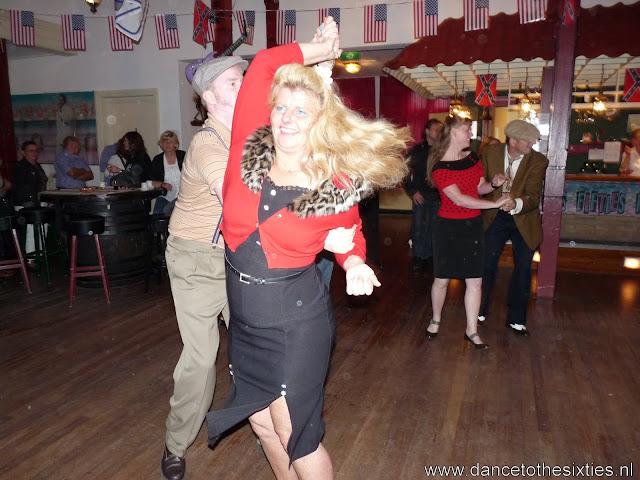 15 jaar dance to the 60's rock and roll dansschool voor danslessen, dansdemonstraties en workshops (72).JPG