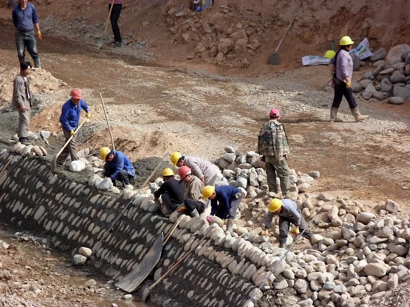 XINJIANG.  Turpan. Ancient city of Jiaohe, Flaming Mountains, Karez, Bezelik Thousand Budda caves - P1270897.JPG
