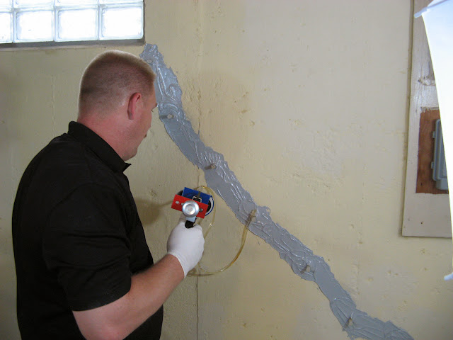 Epoxy Crack Repair : Epoxy concrete basement crack repair kit applied
