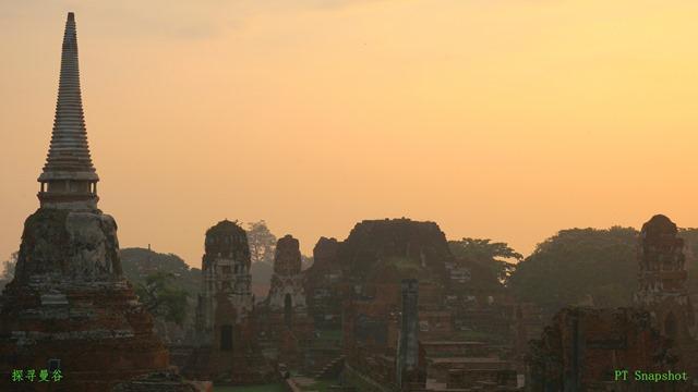 金黄色的玛哈泰寺