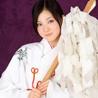 Bomb.TV 2008.01 Saki Takayama & Maari xmk002.jpg