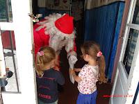 Cañuelas Noticias  la Casa del Niño  Recibió a Papá Noel  con regalaos para los niños 22/12/2014