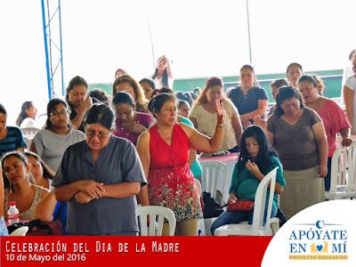 Celebracion-del-Dia-de-La-Madre-2106-14
