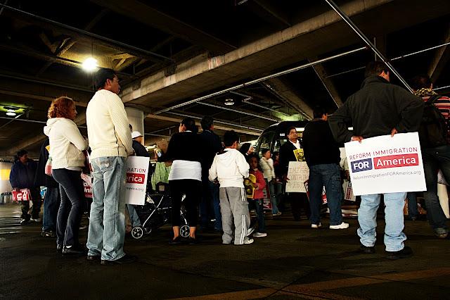 NL Fotos de Mauricio- Reforma MIgratoria 13 de Oct en DC - DSC00571.JPG