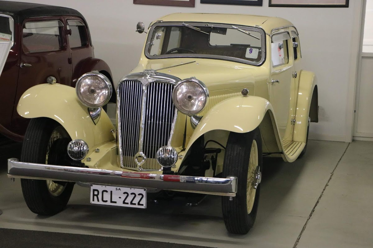 Carl_Lindner_Collection - 1934 SS1 Saloon 03.jpg