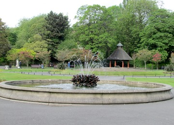 17050281 May 17 Fountain In Centre Of Park